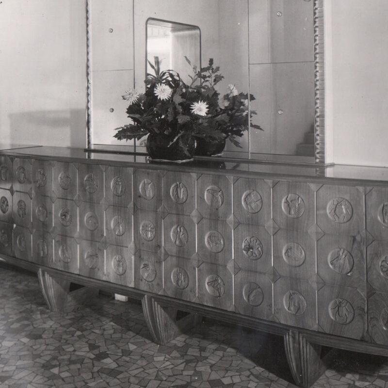 CREDENZA - 1943