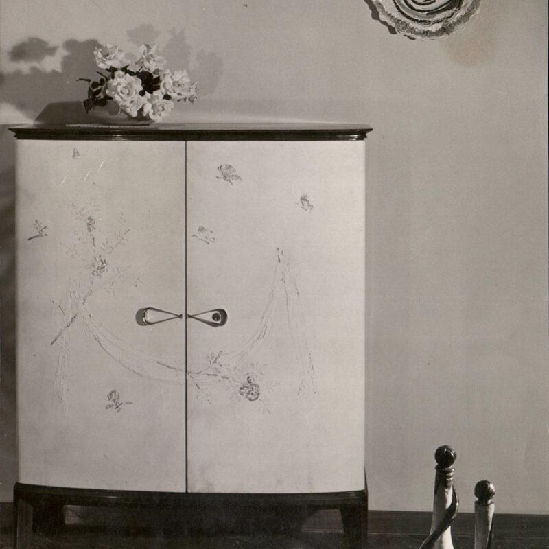 CREDENZA - 1952