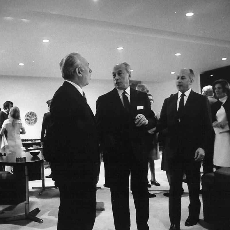L'Onorevole Camillo Ripamonti con Osvaldo e Fulgenzio Borsani fo