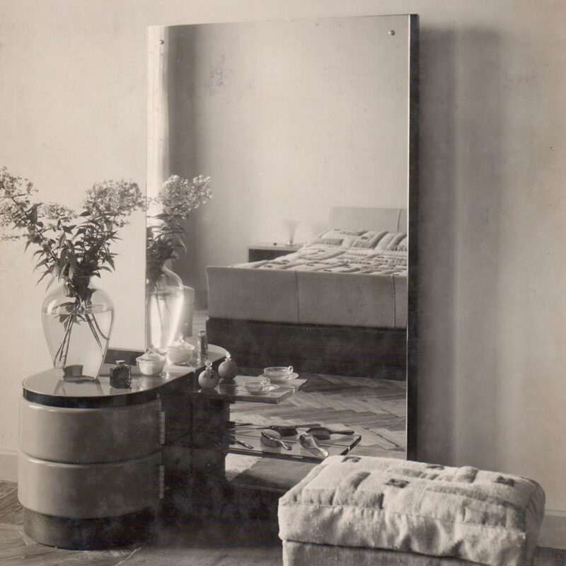 TOILETTE - 1934