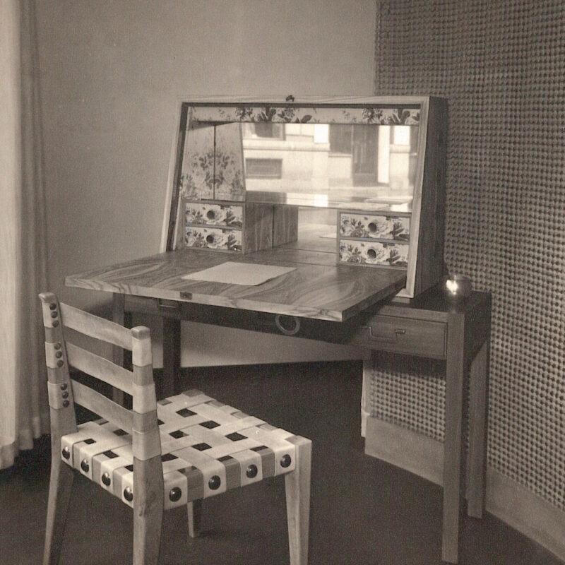 SCRITTOIO E SEDIA - 1935