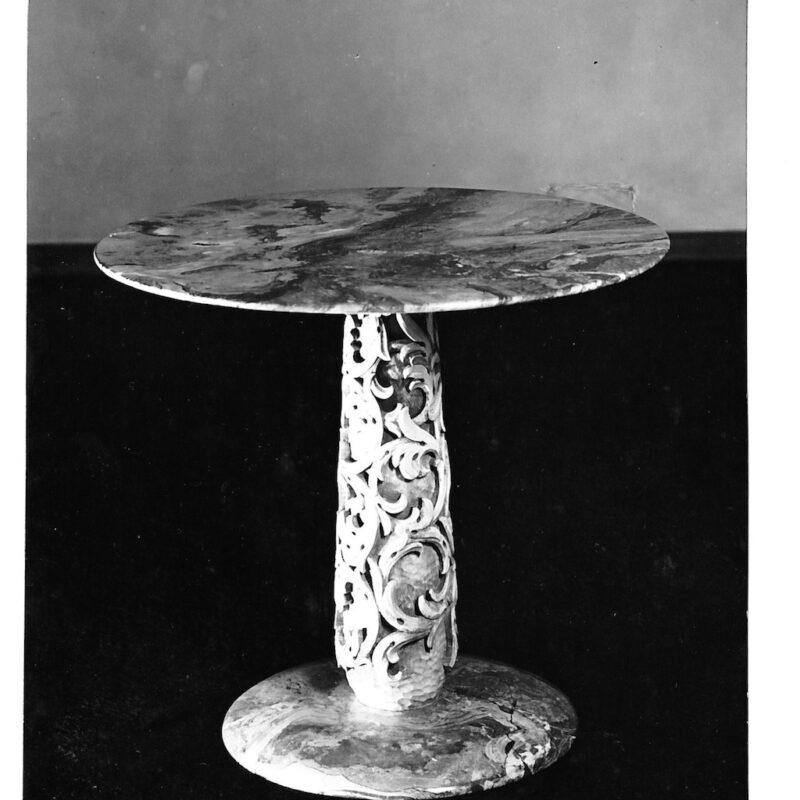 Tavolo con base e piano in marmo, 1943